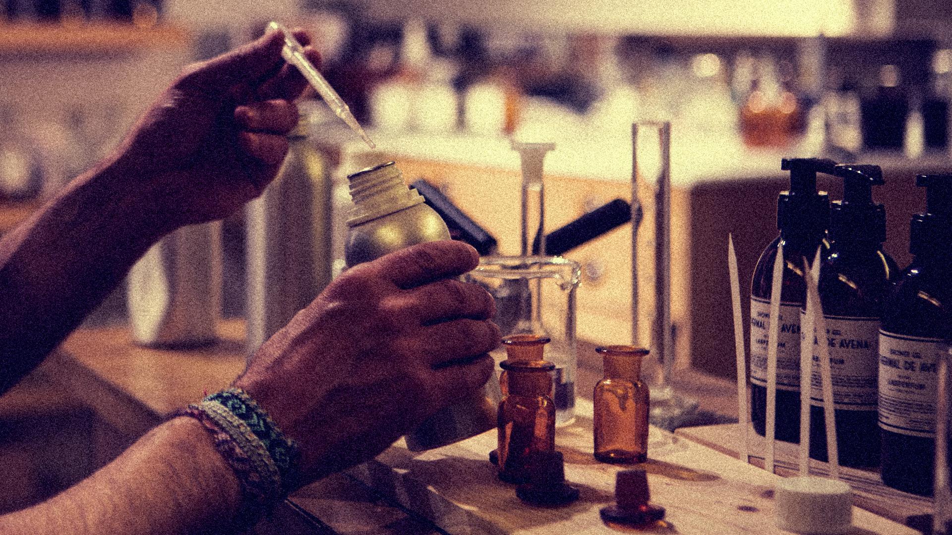 #Perfume Addict